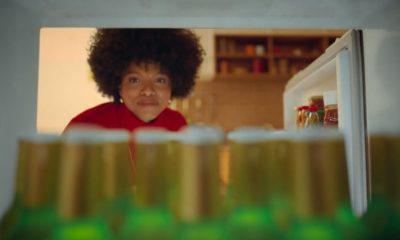 Stella Artois lança campanha que inspira momentos de leveza com sua versão sem glúten
