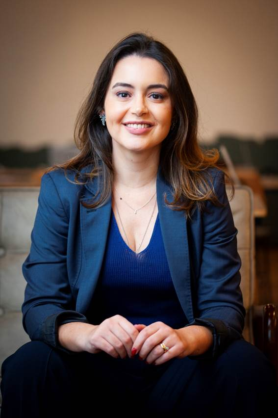 NZN anuncia Izabela Anholett como nova CTO
